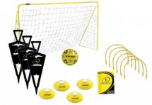 Kickmaster M06097 Ultimate Football Challenge Set Free Kick Figures Pass Hoops